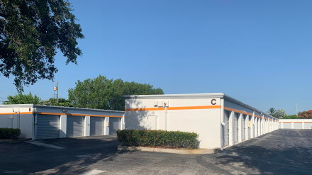 Beautiful ... Federal Highway Self Storage   Deerfield Beach Florida